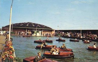 BoatingPoolRotunda1965.jpg